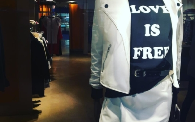 #loveisfree #shopping #ootd #fashion #saronno #legnano #bustoarsizio #white